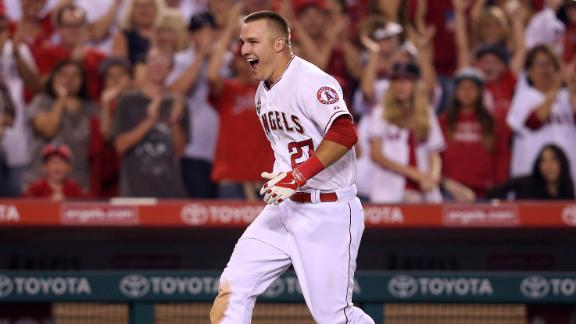 Trout walk-off HR caps Angels' comeback win