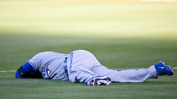 Encarnacion Injures Leg In Jays' Loss To A's