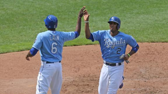 Royals Rally Past Tigers