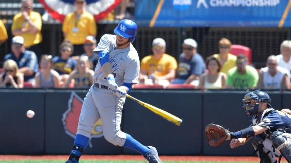 Reed Wins Golden Spikes Award