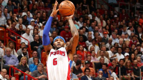 Detroit Pistons, Sacramento Kings resume Josh Smith trade talk