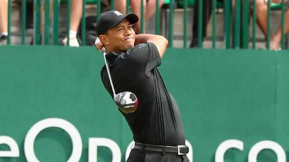 Tiger Struggles At Open Championship