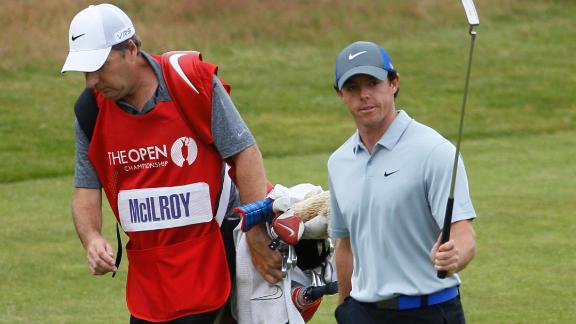 McIlroy Surges In Third Round