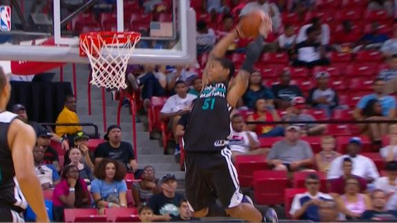 Video - Full-Extension, Above-The-Rim Alley-Oop