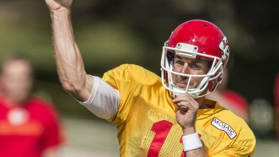 Alex Smith Frustrates Teammates, In A Good Way