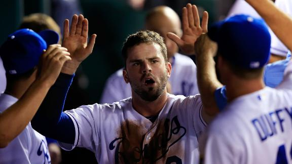 Royals Battle Past Twins