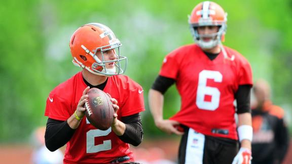 Manziel Closing Gap In QB Race