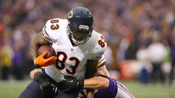 Bears Reinstate Bennett