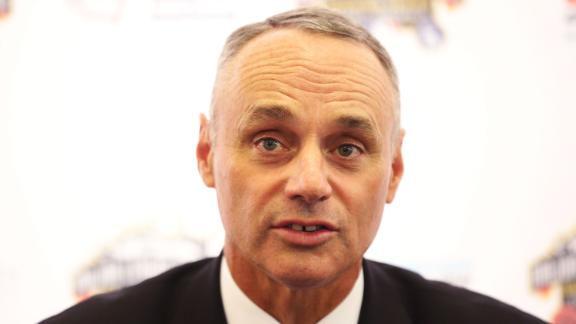 Manfred One Vote Short On First Ballot