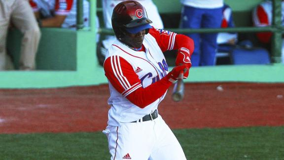 Red Sox Invest In Cuban Outfielder Rusney Castillo