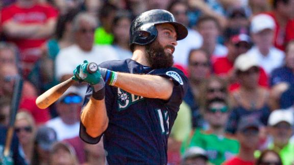 Mariners Rally Past Red Sox