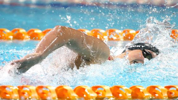 New World Record In Women's 400m Freestyle