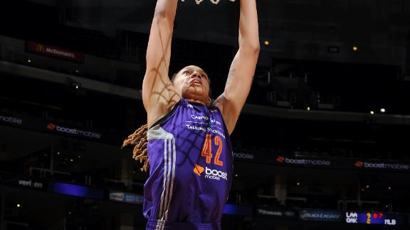 Griner Dunks As Mercury Advance