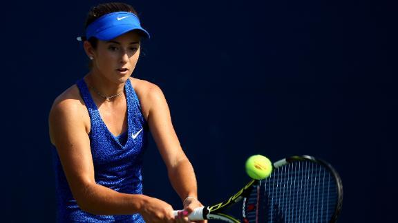 Bellis Shocks Cibulkova