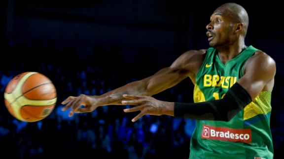 Warriors Reach Agreement With Barbosa