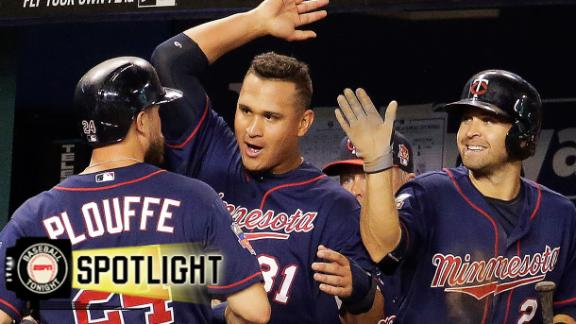 Twins Rock Royals In Extra Innings