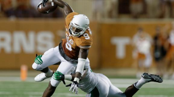 Horns Impress In Strong's Debut