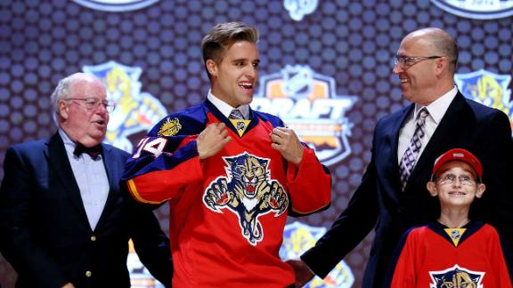 Panthers sign No. 1 overall pick Ekblad