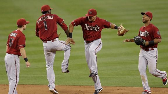 D-backs win in Hudson's return after 2 years