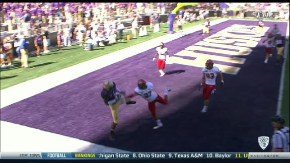 4Q WASH (Two pt pass, C. Miles pass to K. Williams GOOD)