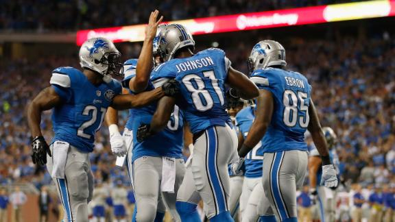 Lions New Offense 'Wows' In Debut