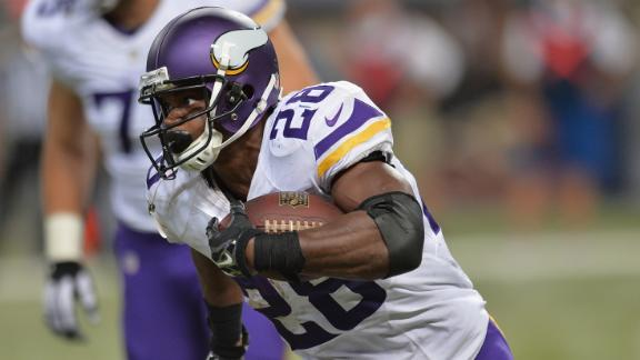 Vikings Players Happy To Have Peterson Back