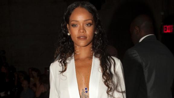 CBS Removes Rihanna From NFL Telecasts