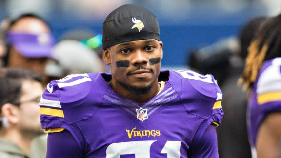 Vikings Receiver Facing Pot Charges