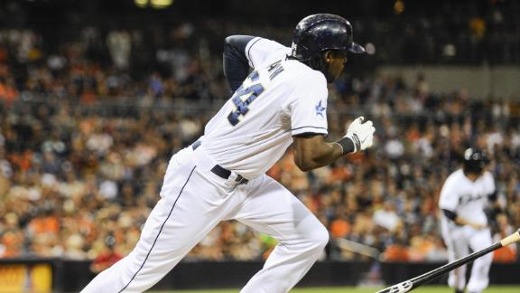 Video - Padres Cruise Past Giants