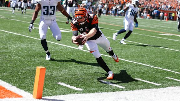 Dalton catches TD as Bengals improve to 3-0