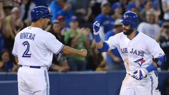 Blue Jays Trounce Mariners