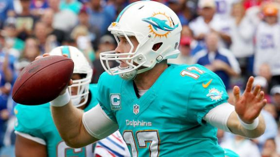 Salguero does not bench Ryan Tannehill, but ...