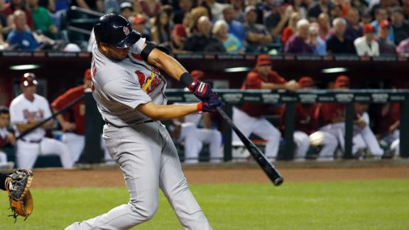 Video - Cardinals Fight Off D-backs In 10
