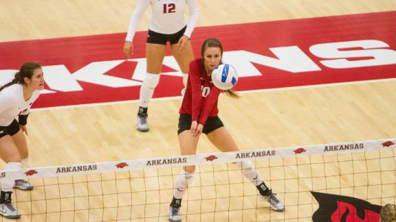 Arkansas defeats MSU in three sets