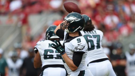 Eagles No-Huddle Offense Can Strain Their Defense