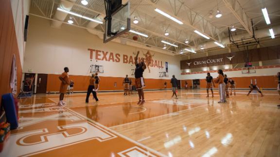 Texas Women's Hoops Voted Big 12 Preseason Fave