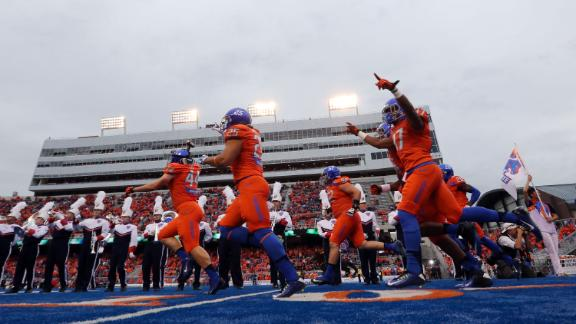 Boise State Closes Out Fresno State