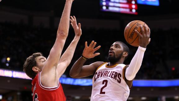 Rose scores 30, but Irving, Cavs best Bulls