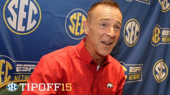 Coach's Clicker: Arkansas's Jimmy Dykes