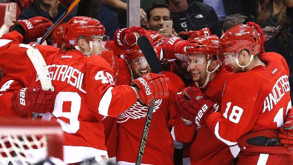 Red Wings Rally, Stun Penguins In OT