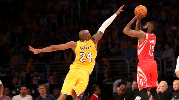 Rockets Win And Randle Injures Leg