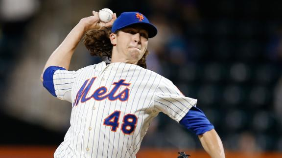 Jacob deGrom Named NL Rookie Of The Year