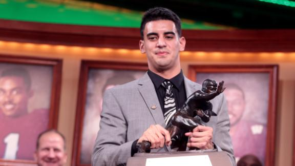 http://a.espncdn.com/media/motion/2014/1214/dm_141214_ncf_mariota_interview/dm_141214_ncf_mariota_interview.jpg