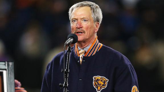 http://a.espncdn.com/media/motion/2014/1216/dm_141216_nfl_news_bears_chairman_shoved/dm_141216_nfl_news_bears_chairman_shoved.jpg