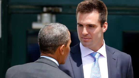 http://a.espncdn.com/media/motion/2014/1219/dm_141219_nfl_Obama_Flacco_Franco/dm_141219_nfl_Obama_Flacco_Franco.jpg