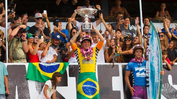 Medina Wins Brazil's First ASP World Title