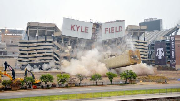 http://a.espncdn.com/media/motion/2014/1221/dm_141221_ncf_kyle_field_stadium_implosion/dm_141221_ncf_kyle_field_stadium_implosion.jpg
