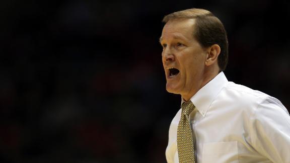 Oregon Ducks, head coach Dana Altman sued by student for ...