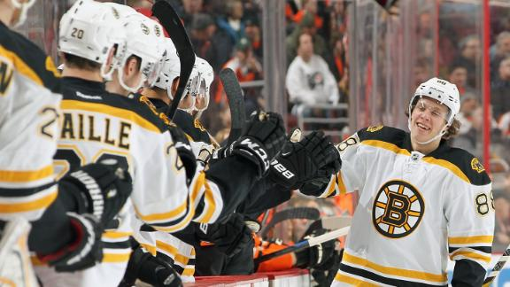 Video - Pastrnak Leads Bruins Past Flyers