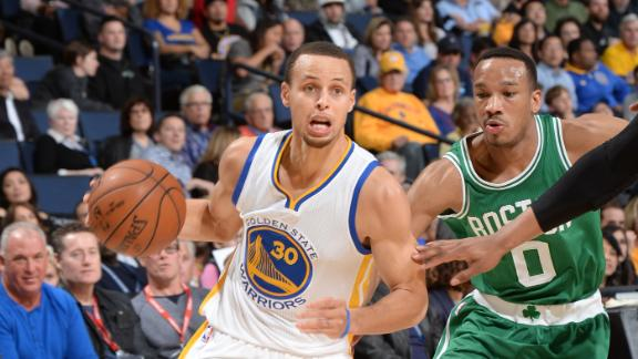 Curry, Warriors win 19th straight at home